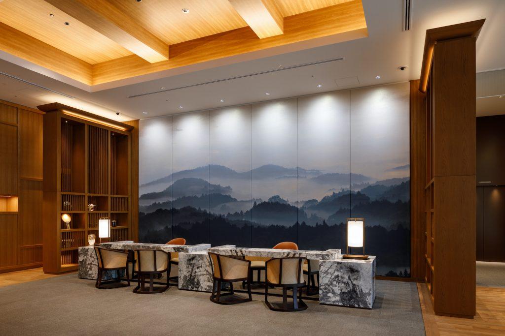 JWマリオット・ホテル奈良の西陣織パネル